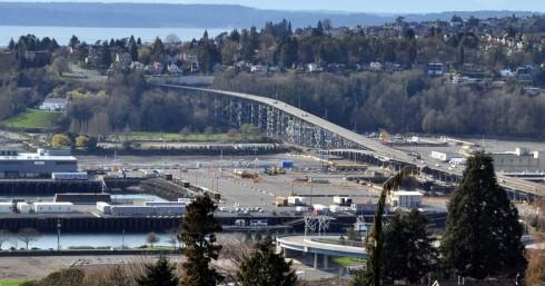 Magnolia Bridge March 2014. Courtesy of Wikimedia.org Photo by Joe Mabel